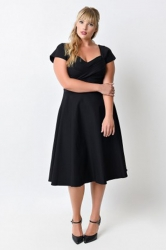 Womens Plus Size Short Sleeve Pleated Mini Dress Black