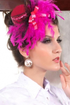 Rose Mini Top Hat with Feather