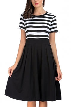 Crew Neck Short Sleeve Stripe Patchwork Pleated Skater Dress Black