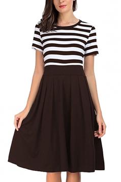 Crew Neck Short Sleeve Stripe Patchwork Pleated Skater Dress Coffee