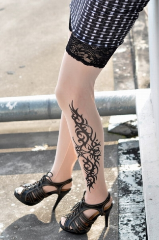 Black Tribal Inspired Print Tattoo Stockings